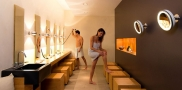 tn_aquademie_showerworld-changing-room-woman-man_1154x650